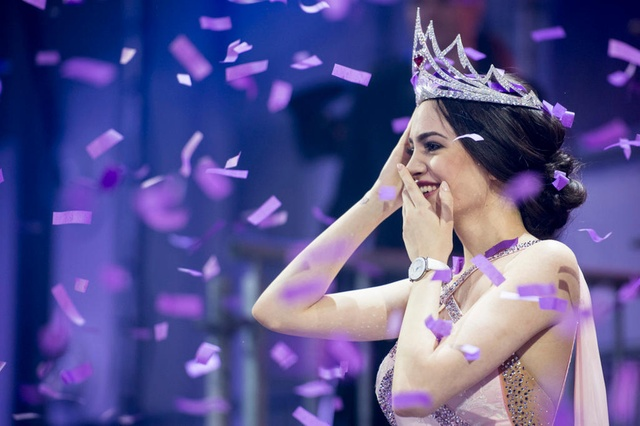 Jastina Doreen Riederer Crowned as Miss Switzerland 2018