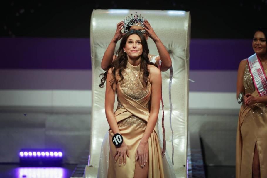 Wellingtonian Estelle Curd is Miss Universe New Zealand 2018