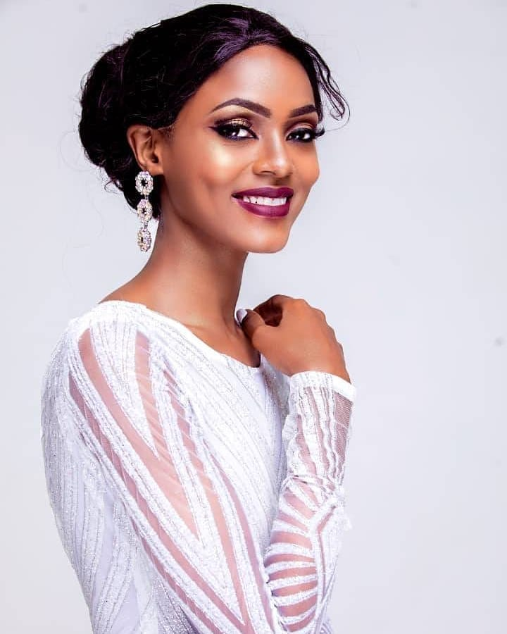 Queen Elizabeth Makune crowned as Miss World Tanzania 2018