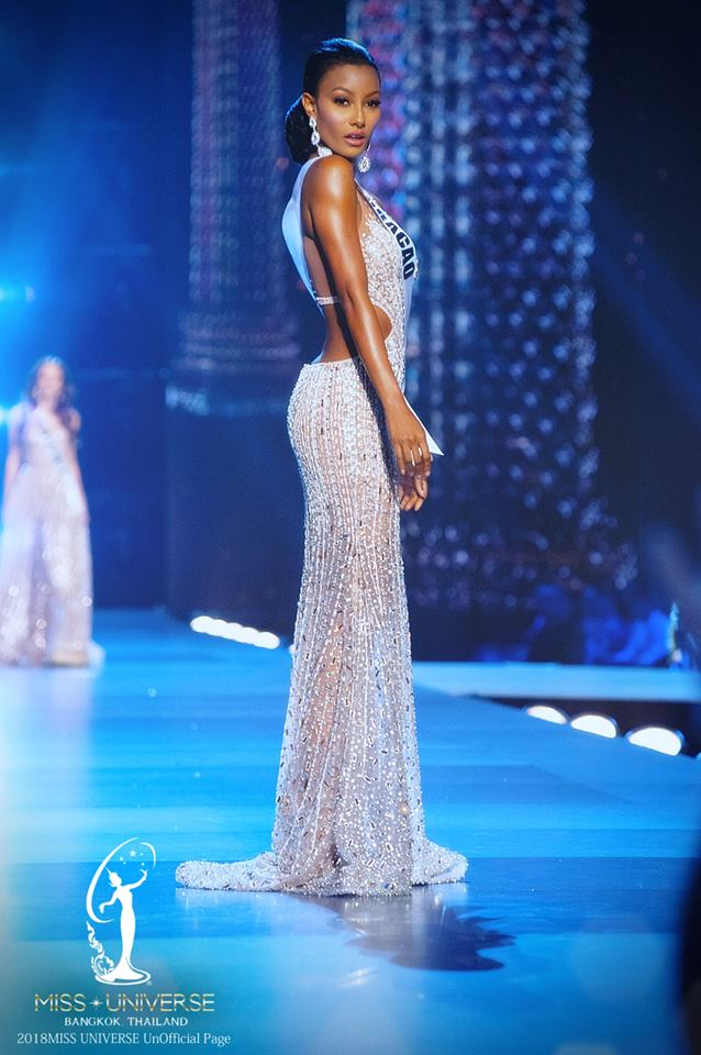 Top 10 Best Evening Gowns from Miss Universe 2018 Prelims – The