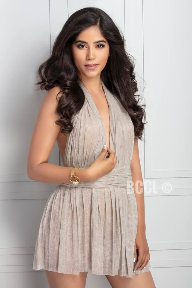 Nikita Tanwani will represent Andhra Pradesh at Femina Miss INdia 2019