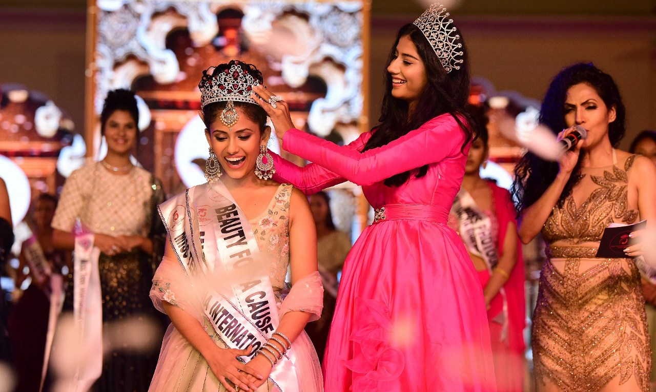 Aayushi Dholakia crowned as Miss Teen India International 2019