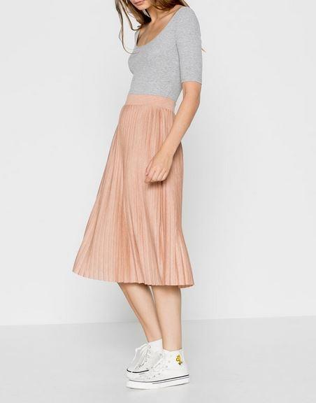 jupe midi, pull and bear, jupe plissée, Inspirations jupes de marque et tendances