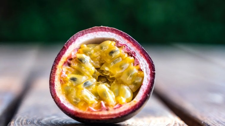 How to easily grow passion fruit