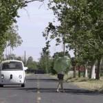 Primeiro carro elétrico que se move sozinho vai às ruas nos EUA