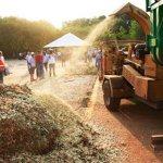 No PR, prefeitura produz adubo de graça para hortas comunitárias com resíduos produzidos pelas fábricas locais