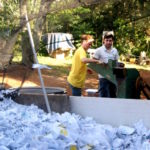 Estudantes brasileiros desenvolvem método para adubar cultivos agrícolas com papel usado