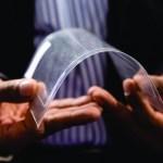 A película de vidro flexível que produz cinco vezes mais energia solar do que as tecnologias atuais