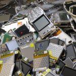 Mundo produz 45 milhões de toneladas de lixo eletrônico por ano – e só 20% desse total é reciclado