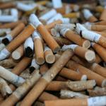 Bitucas não são sementes! Campanha quer conscientizar fumantes a não jogarem cigarro no chão