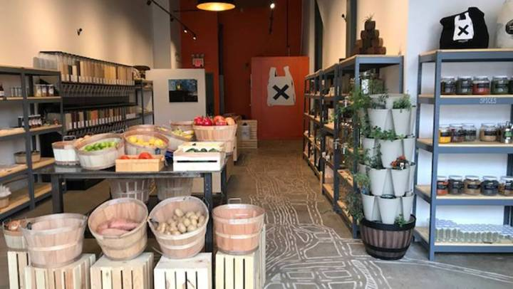 Conheça a loja que dispensa embalagens de plástico descartável