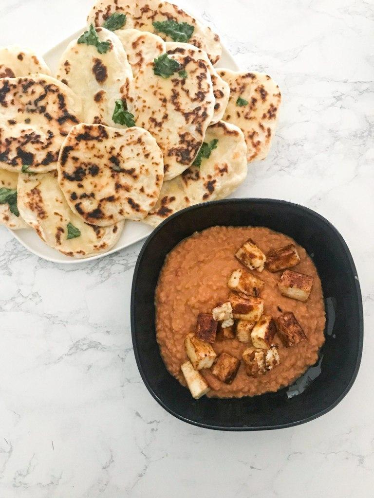 Dahl di lenticchie con pane naan