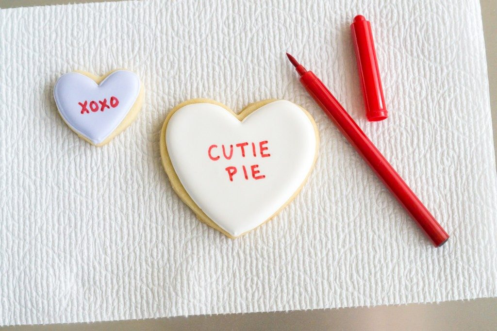 conversation-heart-cookies-write-1024x682