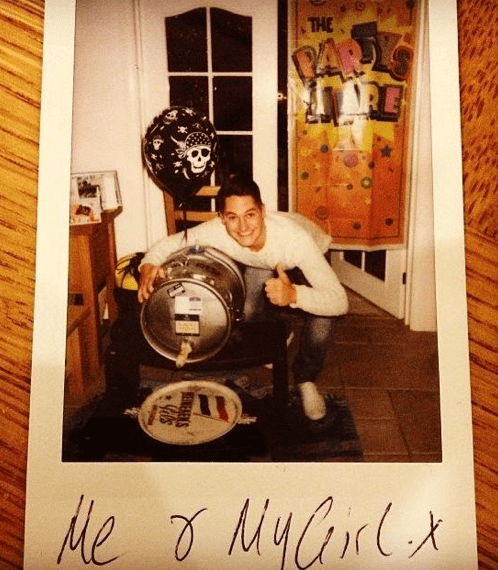 Gibbs and his girl at New Years Eve. A lovely keg of Flack's Manor.