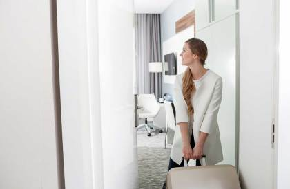 Do-You-Travel-for-Work-5-Ways-to-Be-Safe-as-a-Woman
