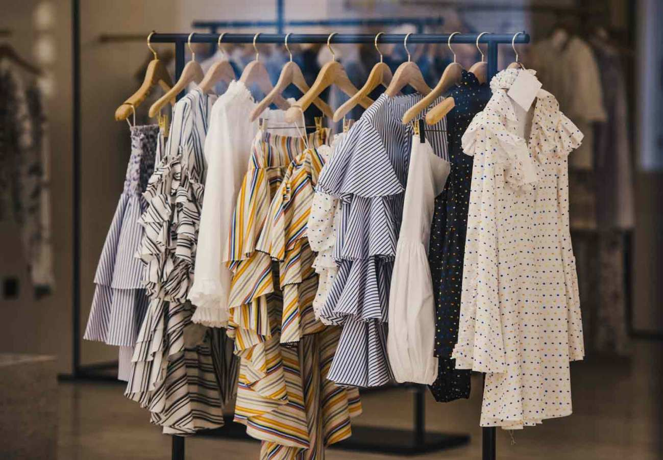 3-Questions-You-Should-Consider-Before-Buying-New-Clothing
