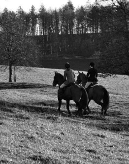 The Grooms List - Keep Warm Riding - Caroline Carter Recruitment