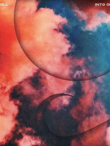 luttrell into clouds Anjunadeep