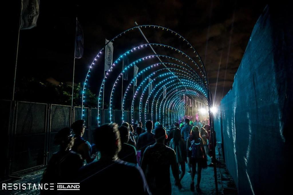 Ultra 2019 miami umf resistance island light tunnel