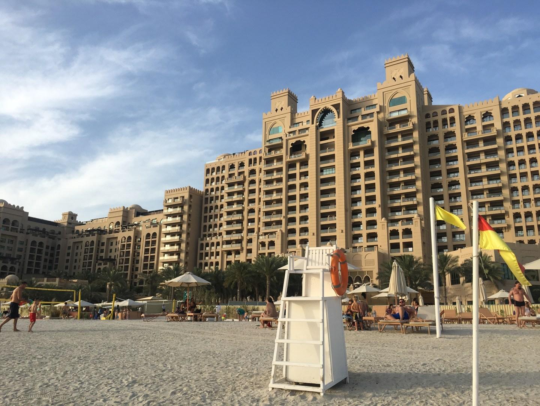 Review: The Fairmont, The Palm Dubai – Beach club