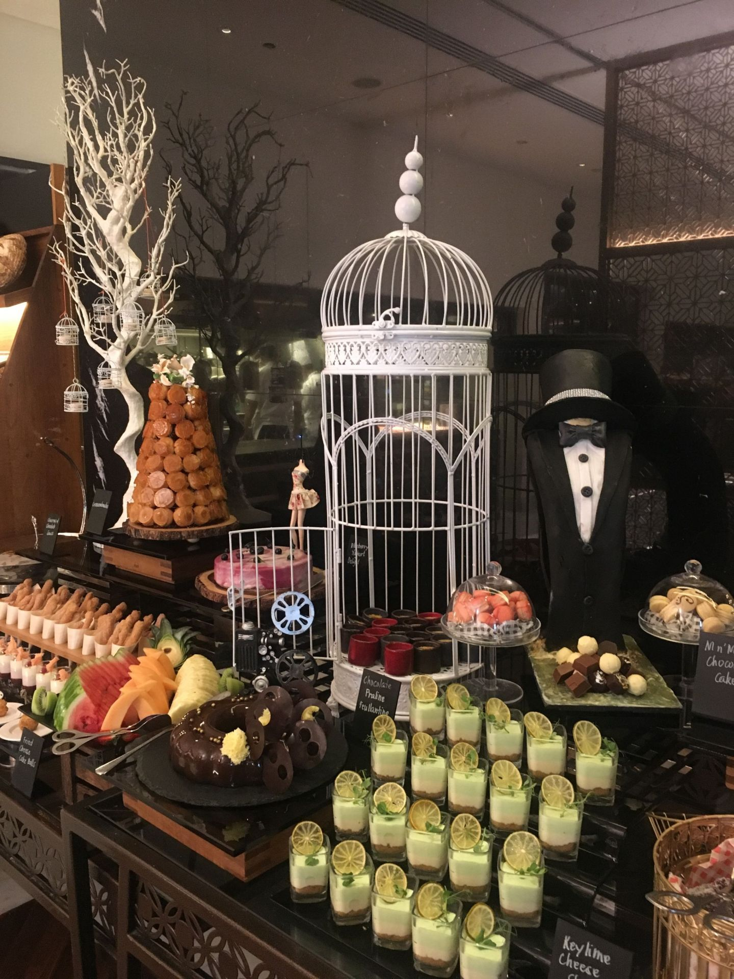 Review: Delphine Hollywood Brunch – H Hotel, Dubai