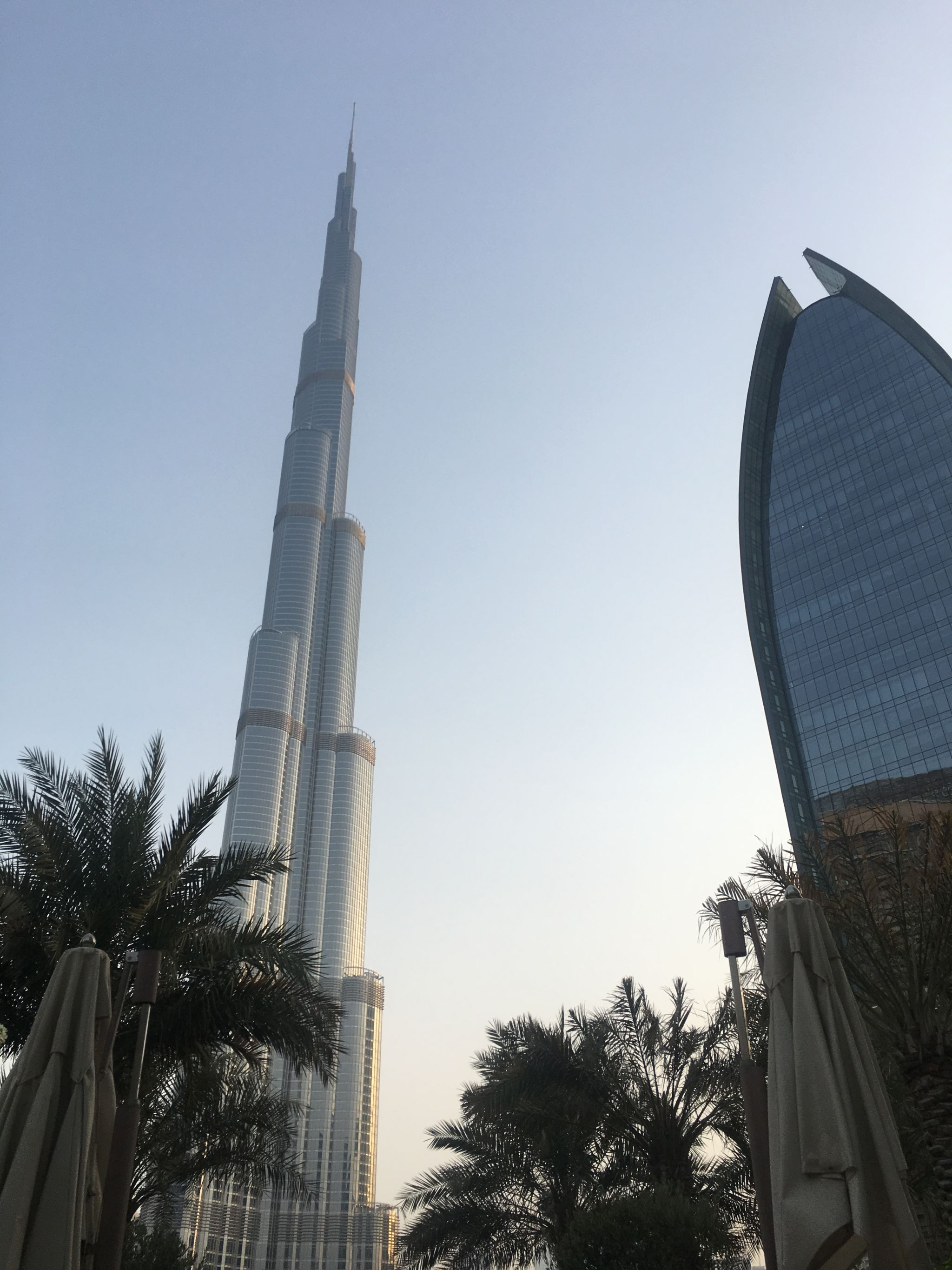 Burj-Khalifa-view-from-ground