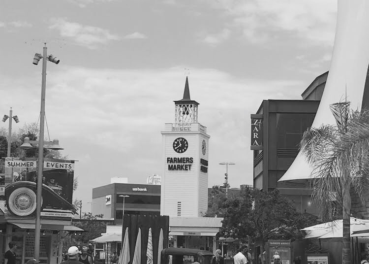 Sightseeing in LA: The Grove & Farmers Market
