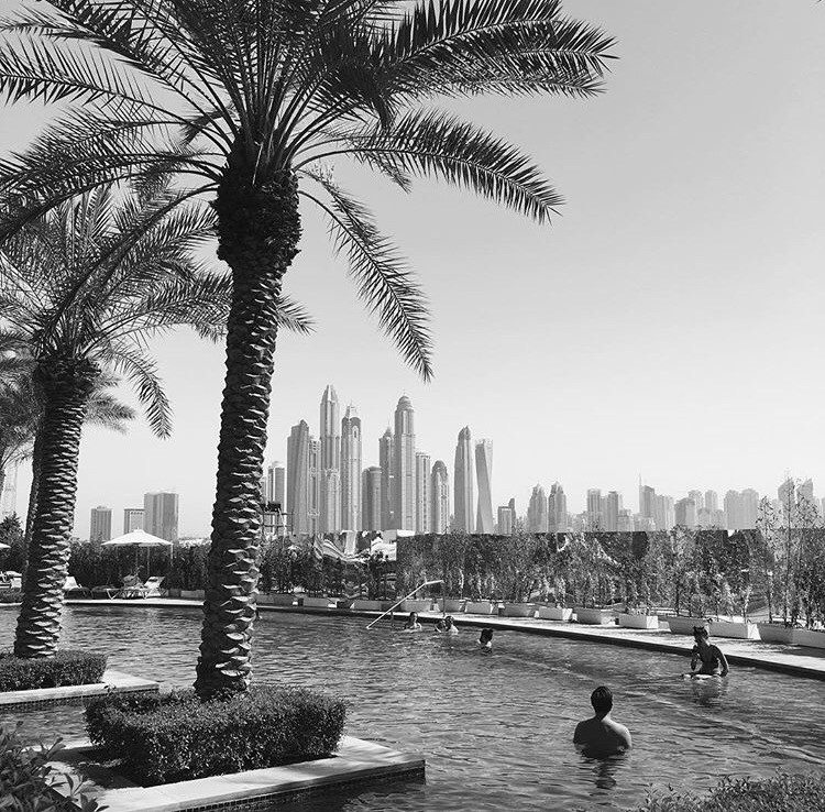 Fairmont-Palm-Dubai-Pool