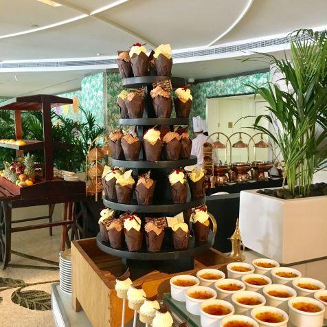 Desserts-Brunch-Giardino-Palazzo-Versace-Dubai-Cupcakes