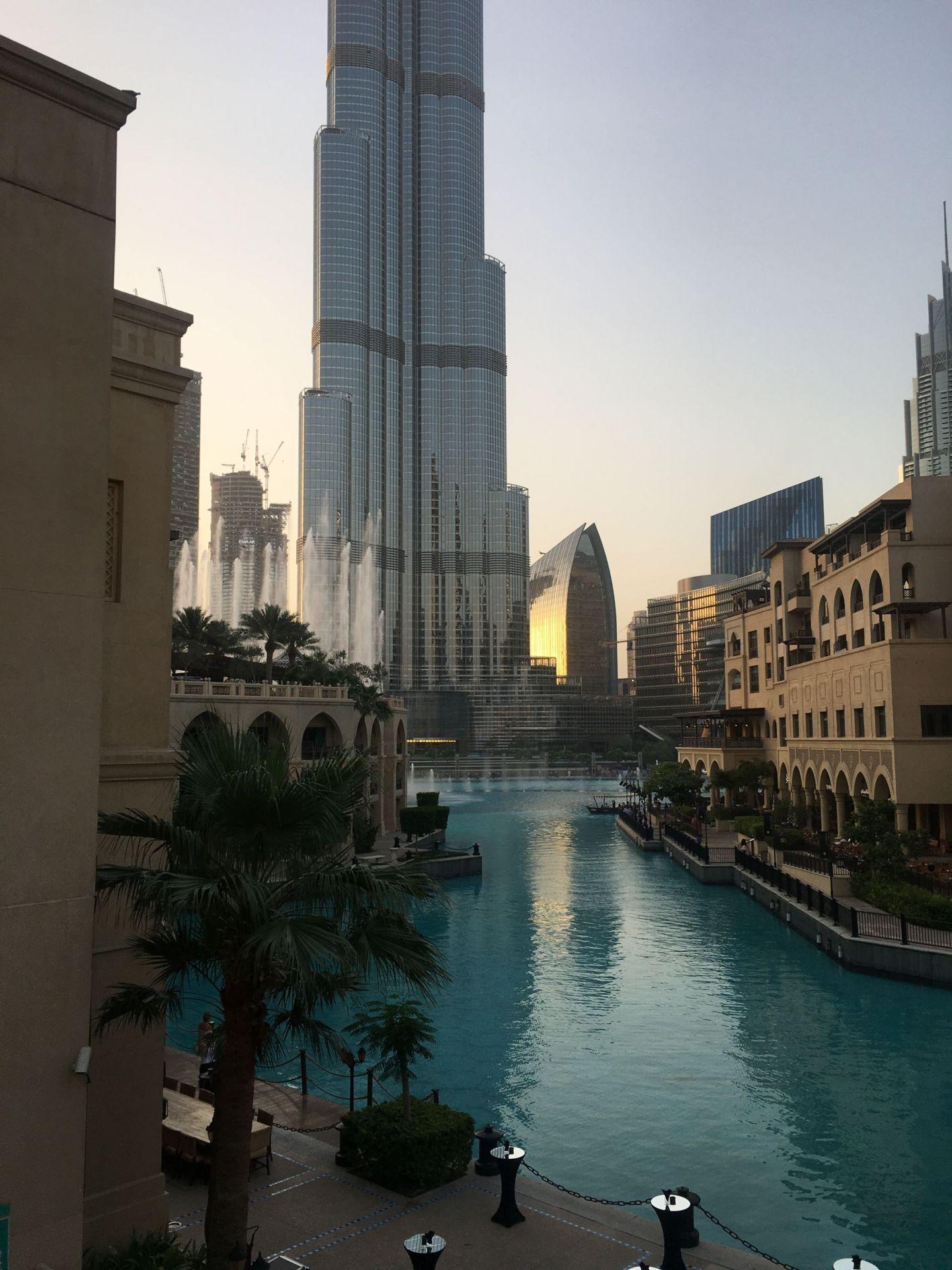 Views-Palace-Downtown-Dubai