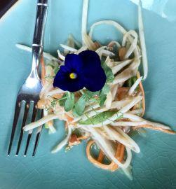 Thiptara-Dubai-Brunch-Papaya-Salad-Starter