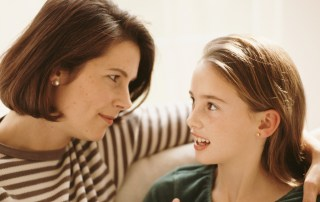 Your child's self-esteem is important. Parents, don't say the wrong thing. Here's what you should be saying to build your child's self-esteem.