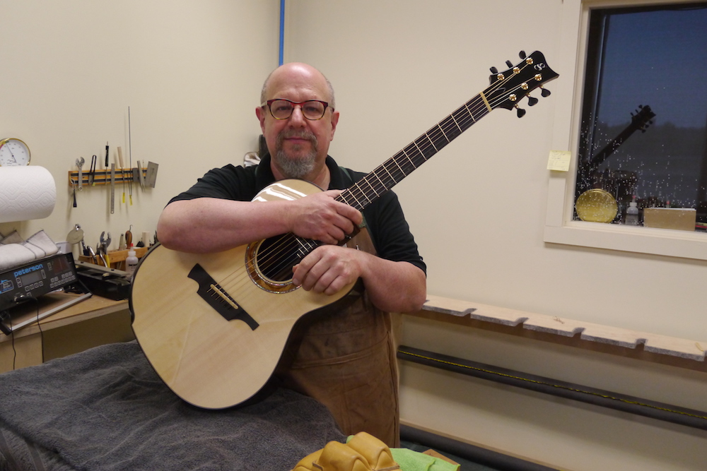 The Greenfield sound according to the luthier himself