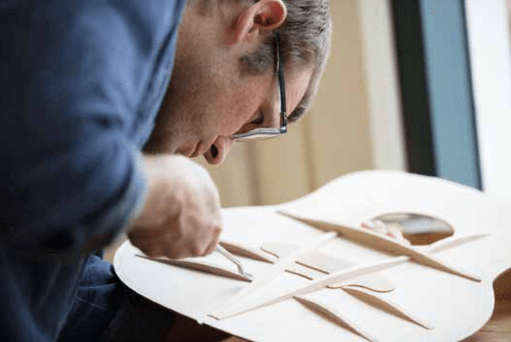 Andy Powers interview @TaylorGuitars: V-Class bracing