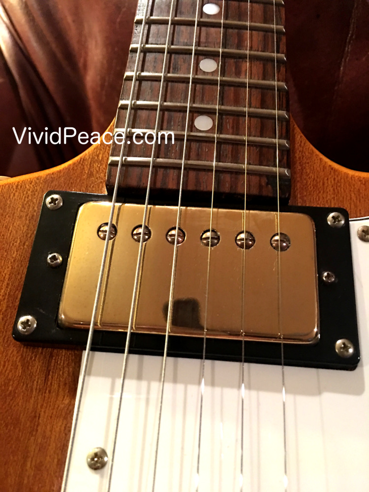 The SUPER Pawn Shop Find 1999 Epiphone Korina Explorer Review! - The