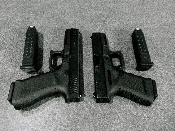 Glock 17 vs. Glock 19 Comparison 2020 - Which One You ...