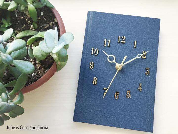 Hardcover Book Clock DIY by juliemeasures.com