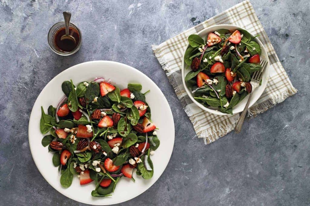 STRAWBERRY SPINACH SALAD WITH GOAT CHEESE by paperandheart.com