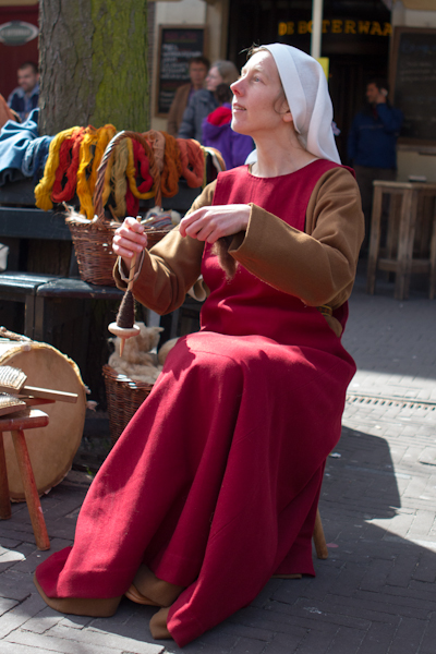17th Century Peasant Knitting