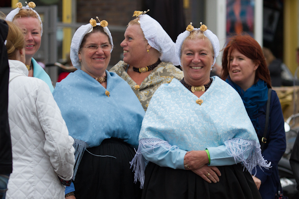 Traditional Scheveningen Dress - Vlaggetjesdag