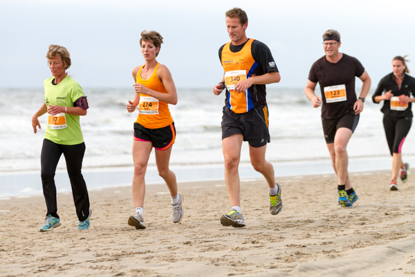 Runners - Beach Challenge - Beach Run 2013.