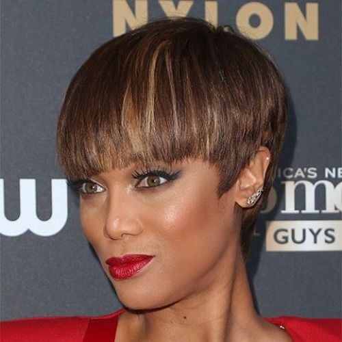 Elegant Brown and Beige Short Bob with Bangs