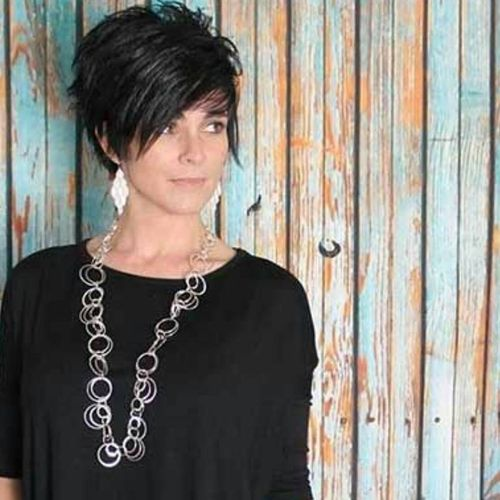 Black Cascade Haircut with Oblique Fringe