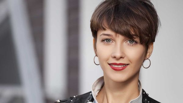 Great Hairstyles for Shorter Hair with Fringe 4