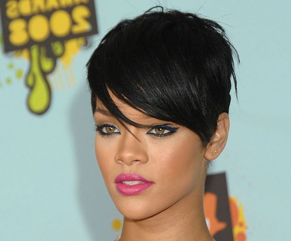 Pics to Make You Want Short Hair with Side Bangs 2