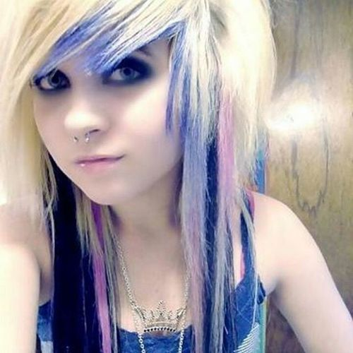 Blond emo hairstyles for girls with colorful fringe