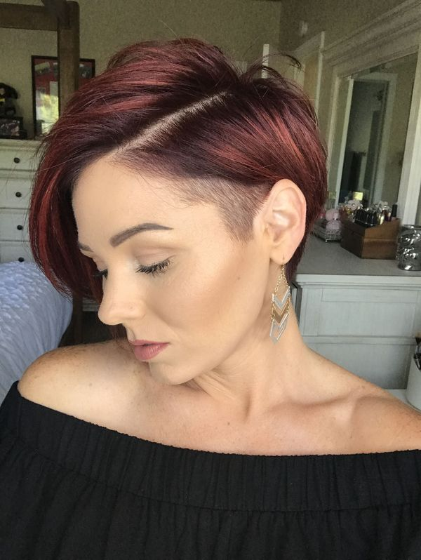 Hair styling variations for girls with undercuts 3