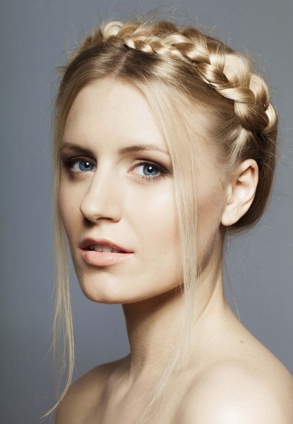 Cute Long Prom Hairstyles to Try 4