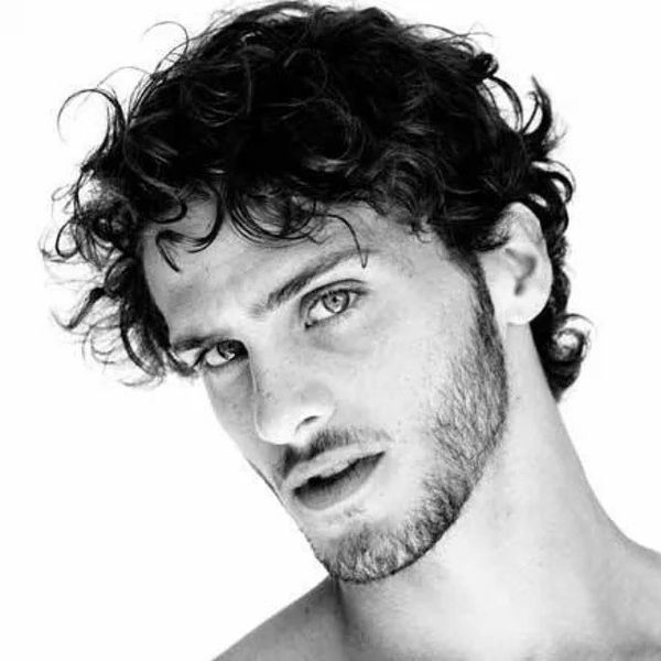 Messy Hairstyles for Men with Curly Hair 1