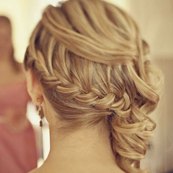 Lovely Side Prom Hair-Do